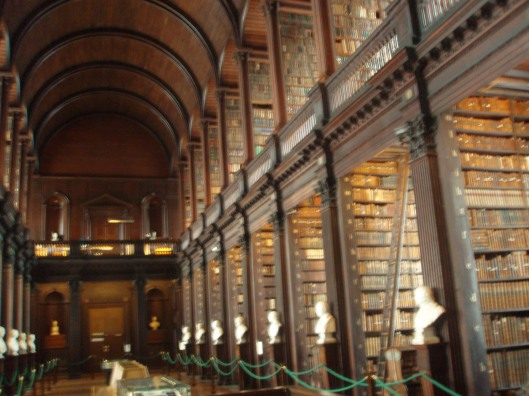 Interieur Trinity College Library