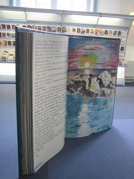 'Stenen boek' in openbare bibliotheek Leeuwarden