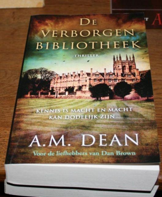 A.M.Dean. De verborgen bibliotheek.Thriller over de verloren bibliotheek van Alexandrië