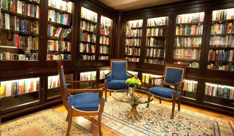 Bibliotheekruimte in hotel Ambassade, Amsterdam