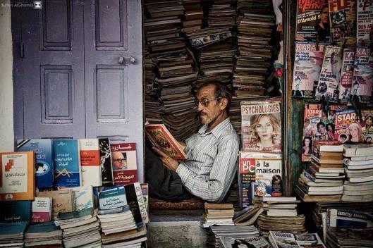 Boekhandelaar in Marokko (Valérie Lascar Elfassy)
