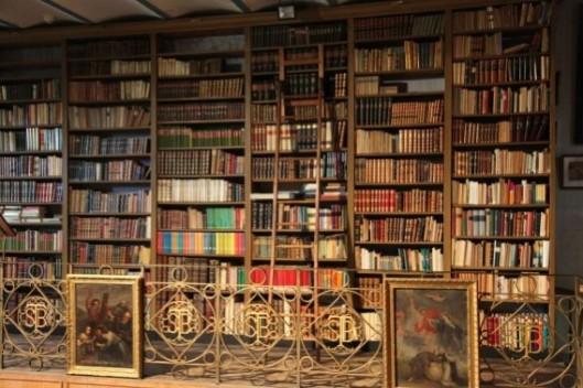 Deel van de 18e eeuwse abdijbibliotheek in Bornem, waarvan het oude bezit momenteel wordt gerestaureerd