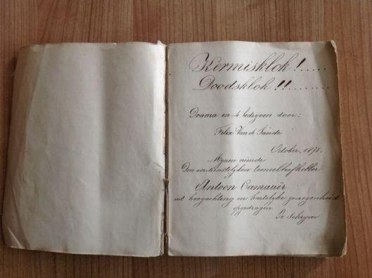 Handschrift van Felix van de Sande met diverse teksten door de grondlegger van de Vlaamse toneelkunst, 1873.
