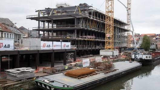 Contouren van de nieuwe stadsbibliotheek in Gent aan de Krook, 2015, die de grootste en modernste van België wordt