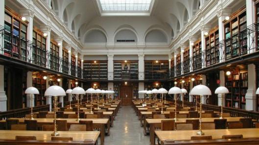 Leeszaal van universiteitsbibliotheek Graz