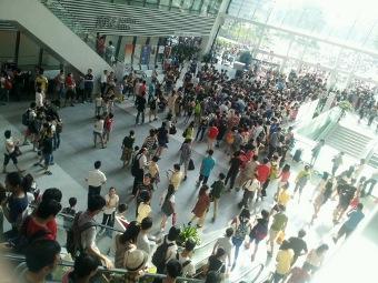 De openbare bibliotheek van Guangzhou telt gemiddeld ruim 10.000 bezoekers met soms een een uitschieter van 40.000 personen
