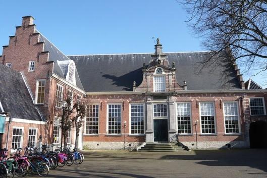 Stadsbibliotheek aan het Doelenplein in Haarlem