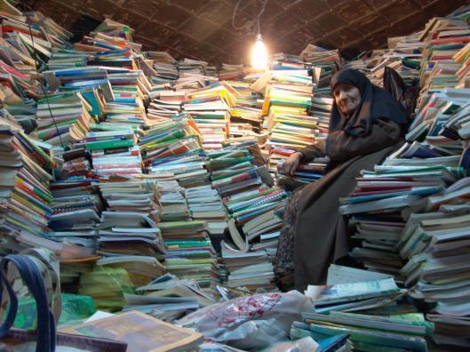 Boekhandelaarster uit Shirza, Iran