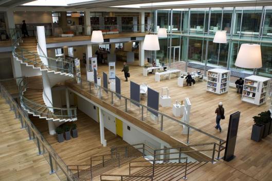 Interieur van Kolding bibliotheek, geopend in 2006 (Lars Skaaning)