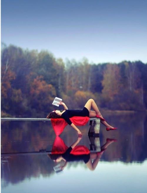 Lezen aan het water (Ver.Staten; pinterest)