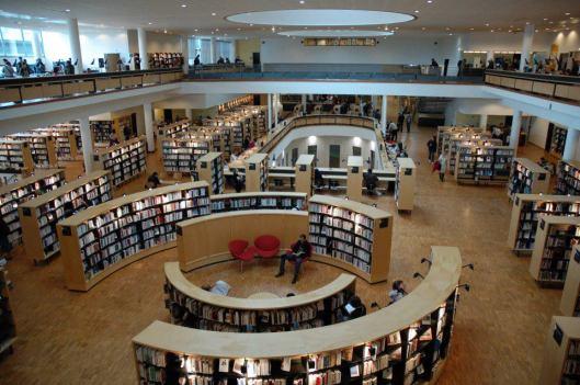 Interieur van Bibliothèque Francophone Multimedia, Limoges