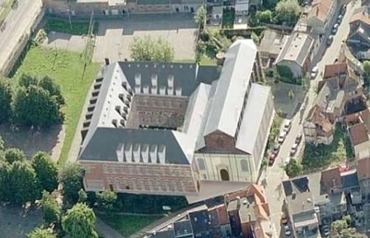 Luchtfoto van voormalig Predikherenklooster in Mechelen