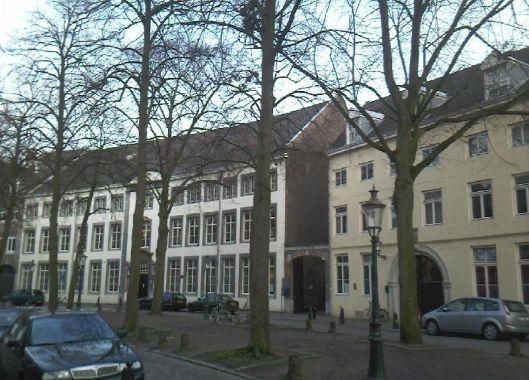 Universiteitsbibliotheek Maastricht in de Grote Looiersstraat, Maastricht