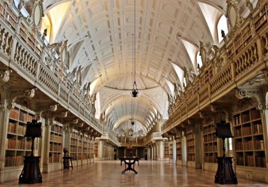 Kloosterbibliotheek van Mafra, Portugal