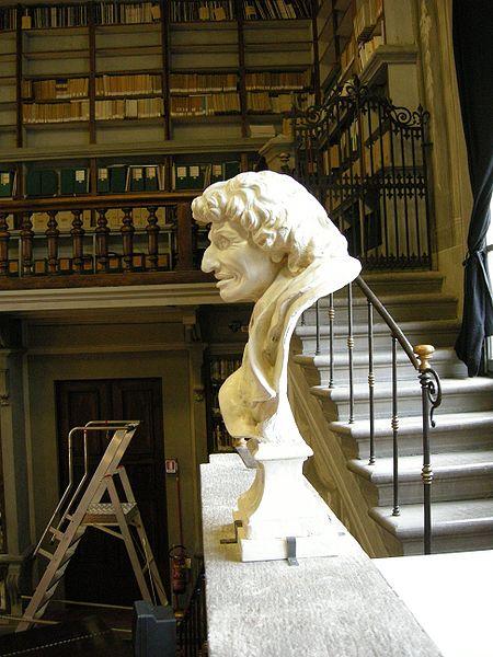 Antonio Magliabechi (1653-1714), vermoedelijk Italië's grootste bibliofiel aller tijden was ook bibliothecaris. Borstbeeld in de Nationale Bibliotheek Florence.
