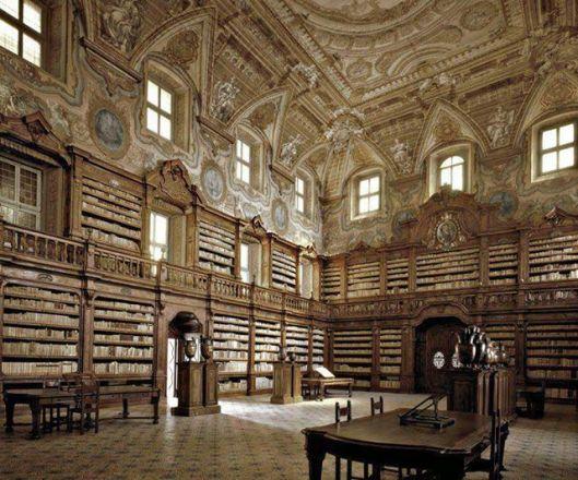 Biblioteca dei Girolomini, Napels
