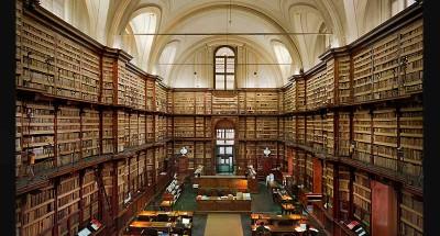 Interieur van Biblioteca Centrale Regione Siciliane, Italië