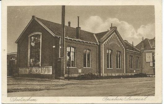 Eerste openbare bibliotheekgebouw van Doetinchem op een ansichtkaart uit 1927