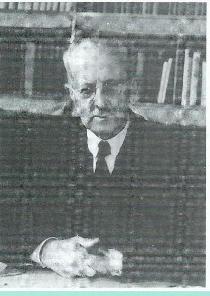 Dr. Henri E.Greve promoveerde in 1906 op de dissertatie 'Openbare Leesmusea en volksbibliotheken. Hij werd directeur van de openbare bibliotheek 's-Gravenhage en was bovendien van 1908 tot 1951 secretaris van de Centrale Vereniging voor Openbare Leeszalen en Bibliotheken (C.V.)