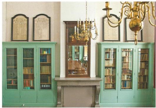 Bibliotheekruimte van de Vereenigde Doopsgezinde Gemeente te Haarlem