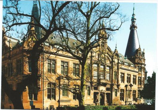 Hoofdgebouw van universiteitsbibliotheek Heidelberg uit 1903