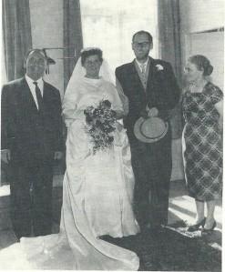Jaap Meijer (links) bij het huwelijk van Harry Prick