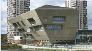 Exterieur van Canada Water Library, Southwark, London (Ken Worpole: Contemporary Library Architecture)