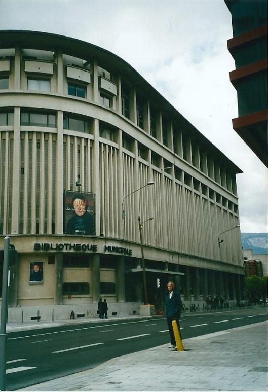 Hans Krol voor de Stadsbibliotheek van Grenoble met een tentoonstelling gewijd aan de schrijver Stendhal