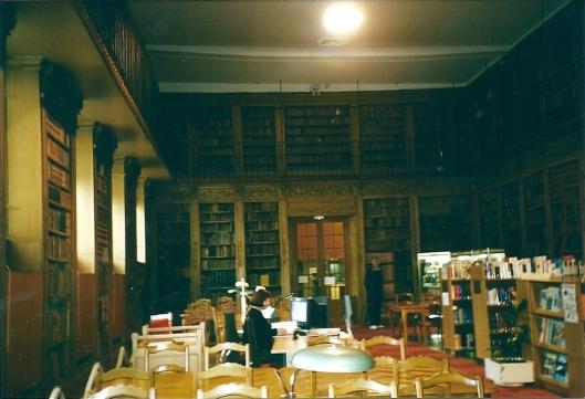 Studiezaal stadsbibliotheek in Chalons-sur-Saone