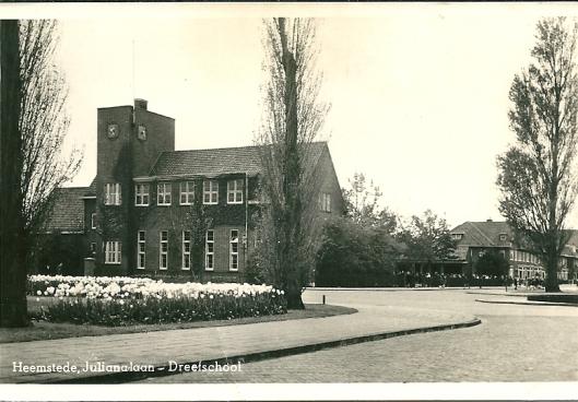 Openbare Bibliotheek Heemstede in vm. Dreefschool gehuisvest sinds 1986
