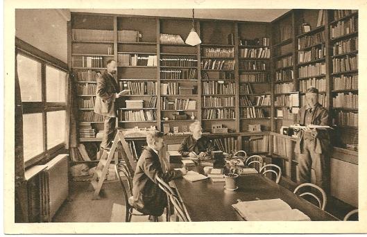 Vroegere bibliotheek van Instituut voor Epilepsiebestrijding Meer en Bosch, Heemstede