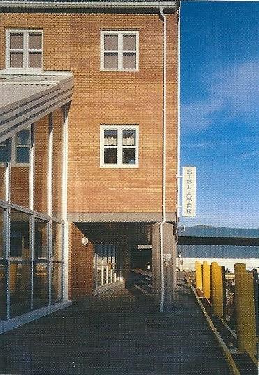 Bibliotheek in Hammerfest, meest noordelijke stad in Noorwegen