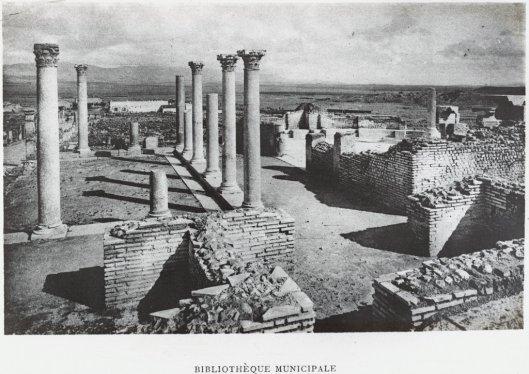 Restanten van Romeinse bibliotheek Rogatinus in Noord-Afrika, Timgad (Algerije)
