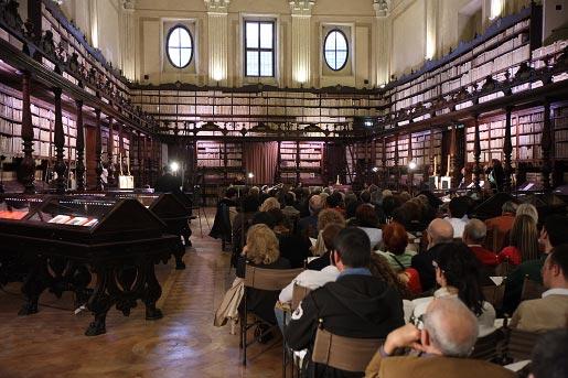 Lezing in de Biblioteca Valicelliana, Rome