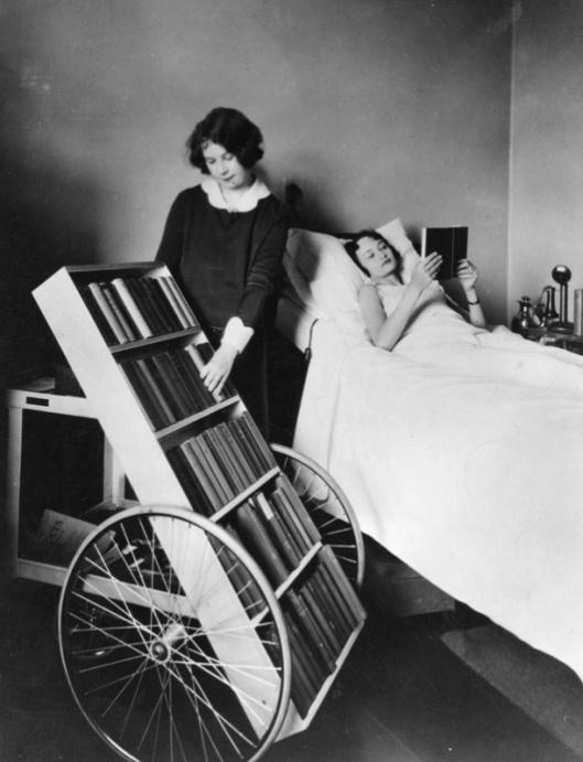 Bibliotheekvoorziening Los Angeles public library in ziekenhuis, 1928