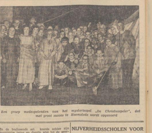 Idem uit De Tijd van 12-9-1937. Het nieuwe mysteriespel van pater Jac Schreurs M.S.C. onder regie van Anton van de Velde in Groenendaal trok enige duizenden bezoekers.