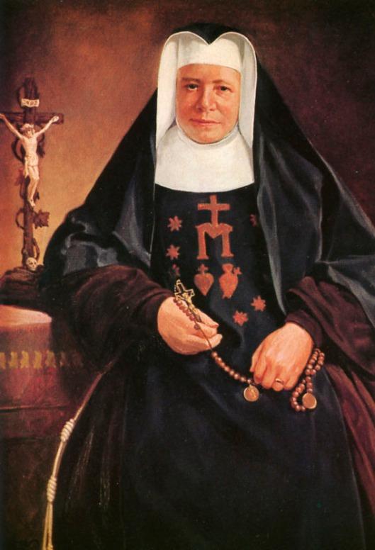 Zuster Clara Pfander, geboren in 1827, trad in bij de Congregatie van Zusters van de Christelijke Liefde te Paderborn, bestemd voor het onderwijs. In 1860 stichtte zij een nieuwe congregatie, genaamd Zusters van de Heilige Franciscus, Dochters van de Heilige Harten van Jezus en Maria. Aanvankelijk in Olpe, 3 jaar later verhuisd naar Salzkotten.