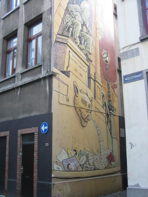 Een muurschildering in het centrum van Antwerpen, bij de Wolstraat, gewijd aan Hendrik Conscience