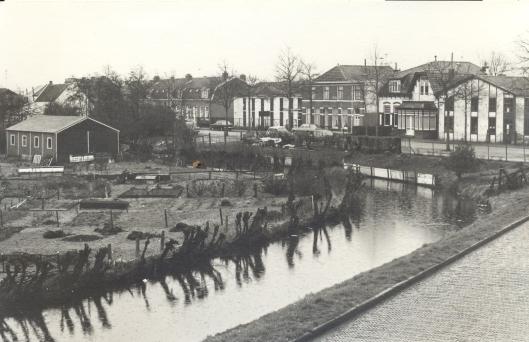 De naam Kadijk kwam al in de19e eeuw voor. Op deze foto uit 1967 met zicht op de Prinsenlaan.