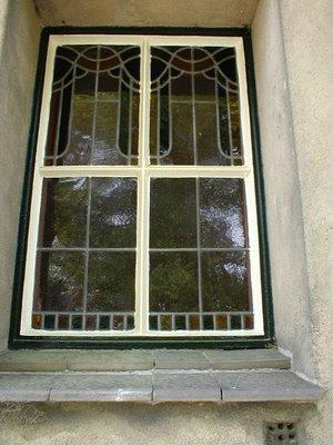 Glas-in-lood van glazenier Vink in aula Heemstede