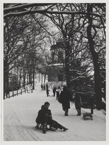 De Belvedere in wintertooi. 1960