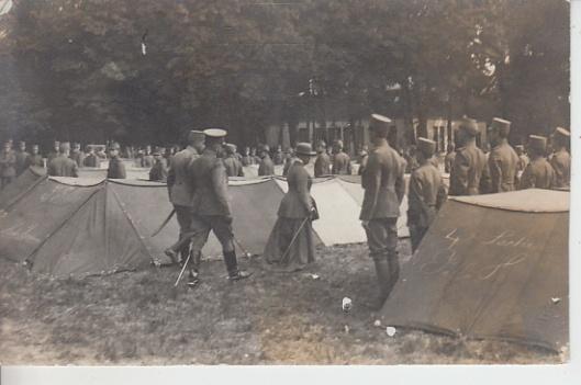 Bezoek koningin Wilhelmina Bennebroek tijdens mobilisatie 1916