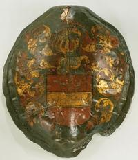 Schildpadschild beschilderd met het wapen van de Heren van Bennebroek, circa 1640-1650. Afkomstig uit de wapenzaal van het huis te Heemstede, dat in 1810 werd afgebroken. Afkomstig van Willem Hekking Jr.en via Oude Doolhof en Historisch Museum Amsterdam thans in bruikleen Rijksmuseum
