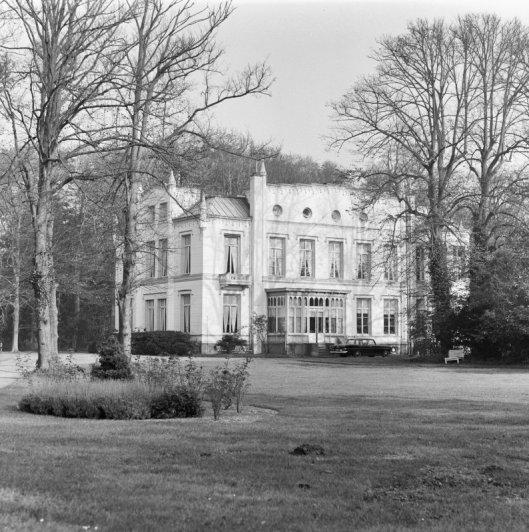 Exterieur van vm. Huis te Bennebroek (foto G.J.Dukker, 1969)