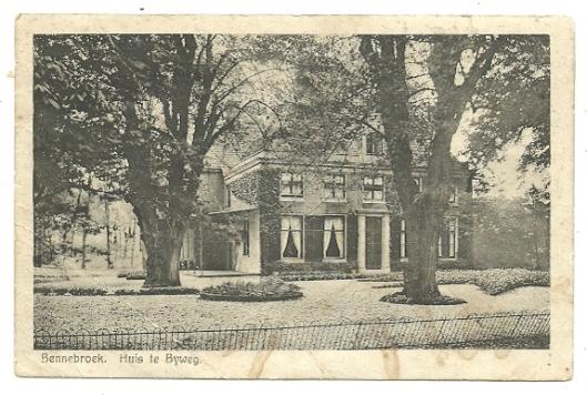Huis te Bijweg In Bennebroek op een prentbriefkaart uit circa 1925