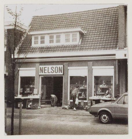 Nelson Schoenen, Binnenweg 20, Heemstede, 1985