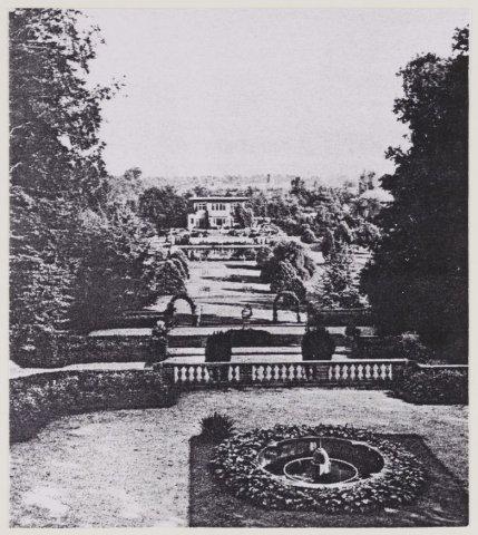 Tuinaanleg van Bloemenoord, Kadijk Heemstede, 1920/1921 (NHA).