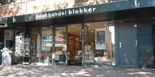 Vooraanzicht Boekhandel Blokker aan de Binnenweg in Heemstede