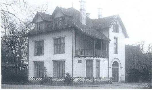 Villa Boshof, Kleine Houtweg 125, in 1929 door de Mariastichting aangekocht als ambtswoning voor de geneesheer-directeur
