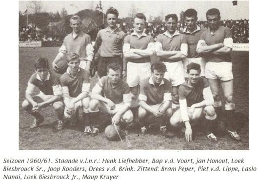 RCH-voetbalteam seizoen 1960-1961 met o.a. Bap v.d. Voort en Bram Peper